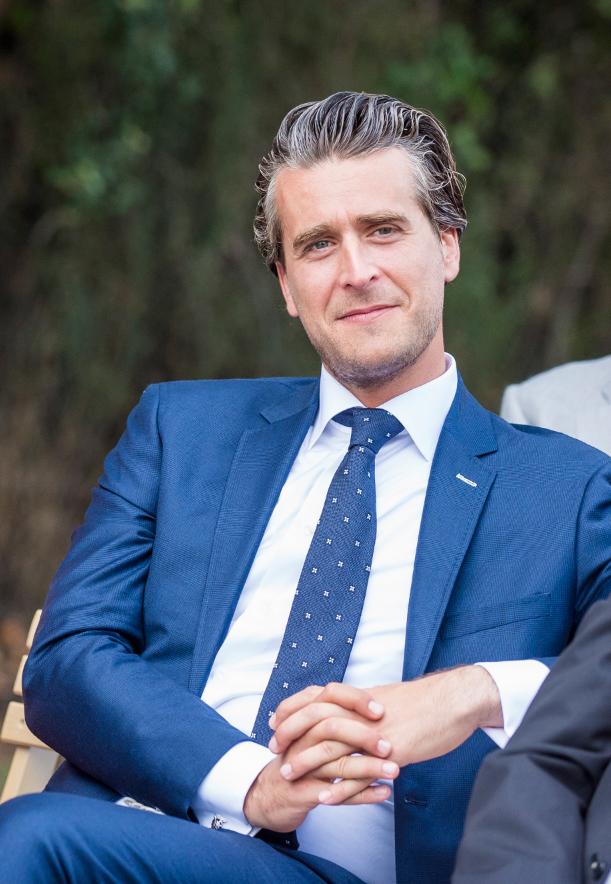 Hello my name is Robert-Jan van Dieperbeek